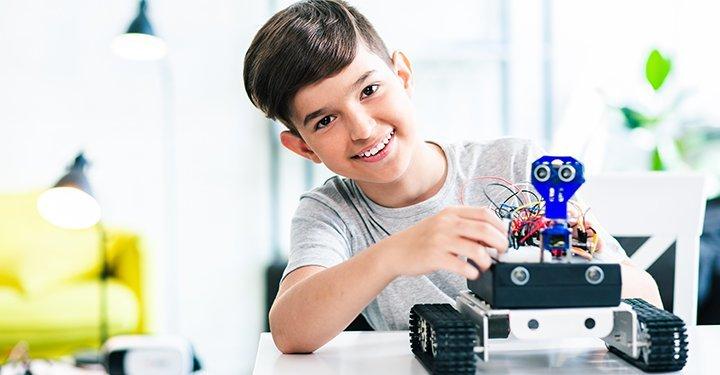 آموزش کلاس رباتیک
