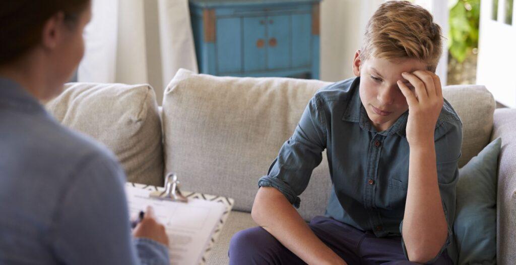 مشاوره کودک و نوجوان چیست؟