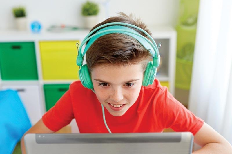 کدام بازی را می توانیم آنلاین بازی کنیم و كسب درآمد از بازی داشته باشیم؟