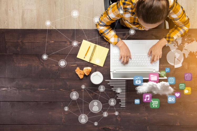 دستیار اینترنتی در ایده های برای نوجوانان