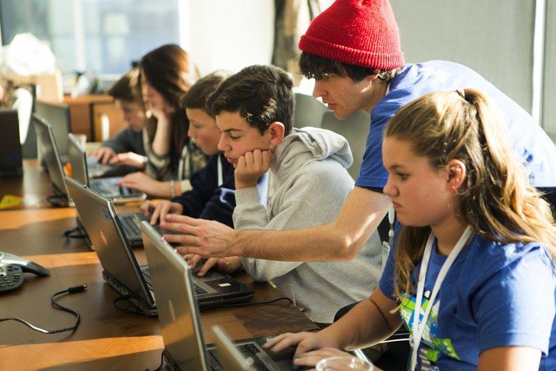 نرم افزار برنامه نویسی برای کودکان