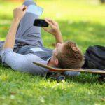 کسب درآمد با گوشی برای نوجوانان