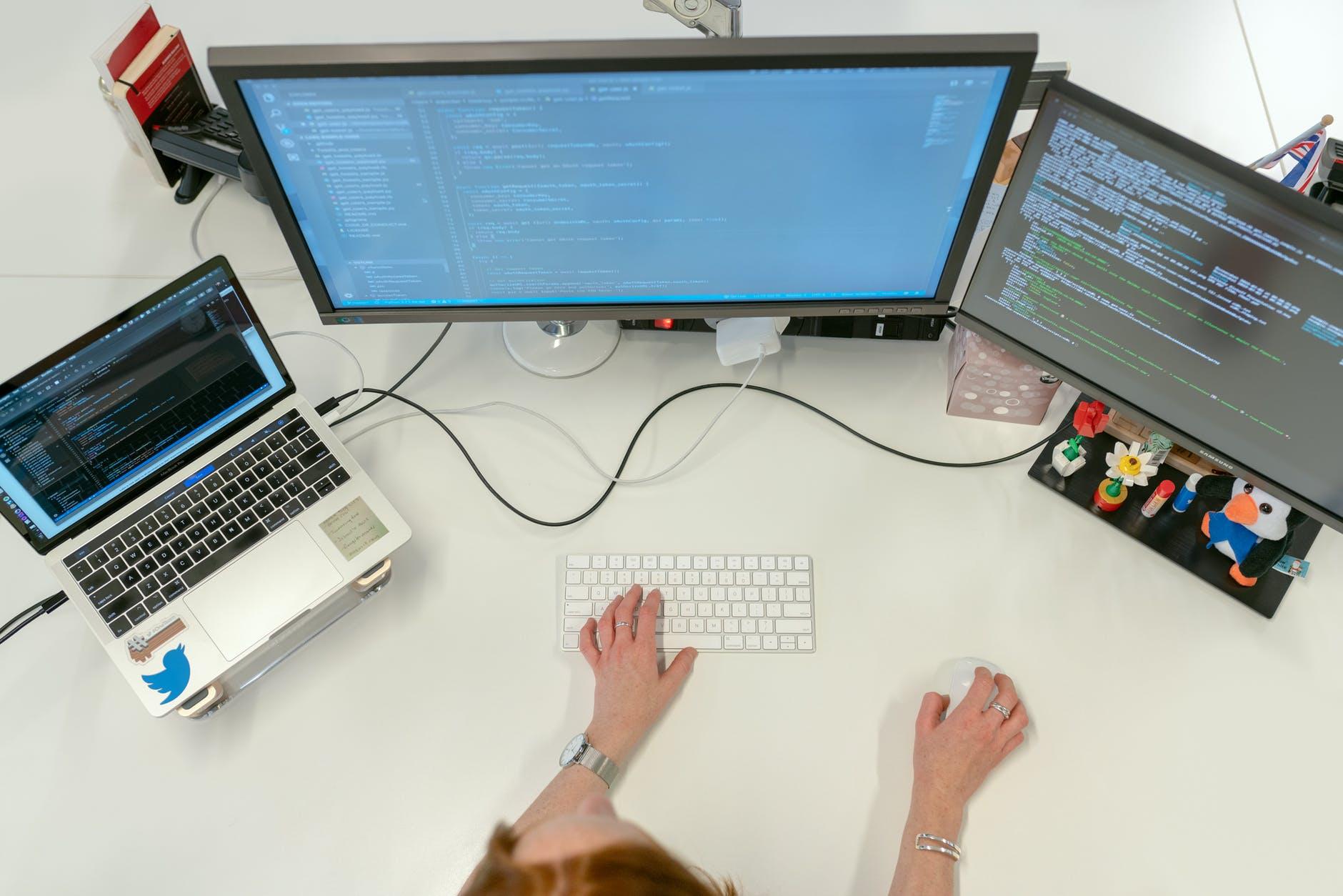 اصول کد نویسی که هر برنامه نویس باید بداند